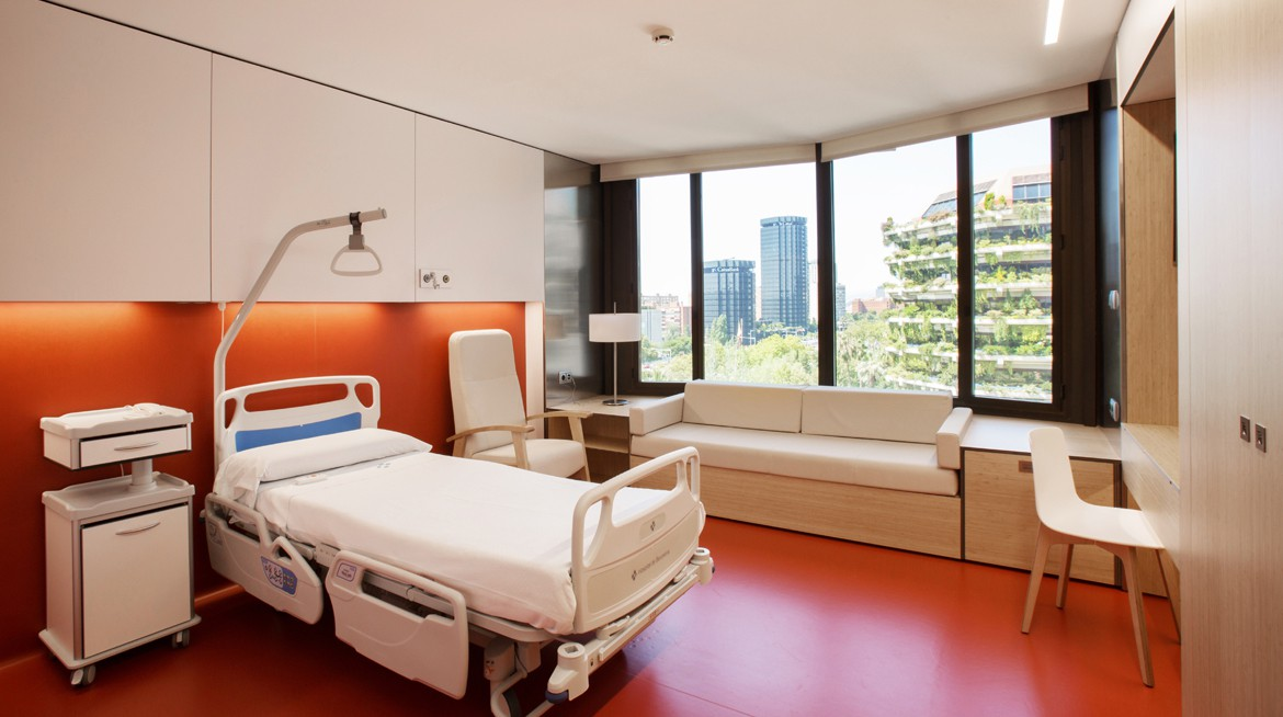 RENOVATION OF THE MATERNITY WARD, HOSPITAL DE BARCELONA